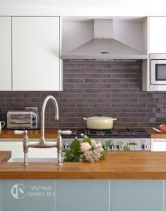 gach bong-10-236x300 Trang trí không gian tinh tế cho nhà bếp bằng gạch ốp lát